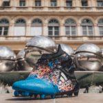 Бутсы с парижским дизайном от Adidas