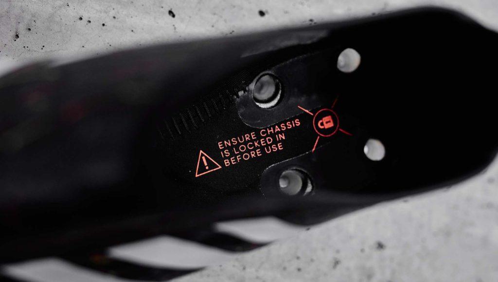 kickster_ru_about_adidas_glitch_04