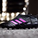 Черно-розовая версия Adidas ACE 17+ Purecontrol